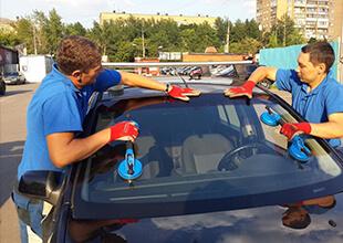 Установка автостекла в Казани